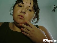Fat babe plays with the brush wet cunt