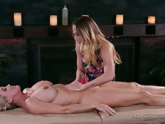 Beautiful buxom masseuse Carter Cruise is preparing to have sex roughly MILF