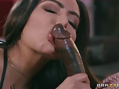 Curvy stripper babe Lela Star gets a big black dick with the addition of cum aloft tits