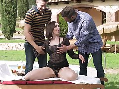 Mature brunette beauty Yasmin Scott pounded hard by one guys outdoors