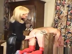 Divine mature lady gets a horseshit in the ass